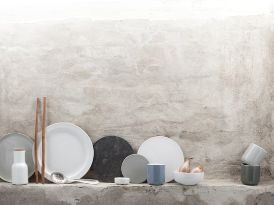 Jonas Bjerre-Poulsen and Kasper Rønn designed the New Norm collection in a sleek design and placed high value on a good functionality. Through the variety of products in the New Norm collection there is something for every taste.
