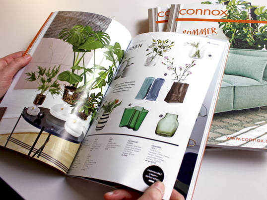Time to rearrange and renew: discover the novelties of spring and summer 2016! The Connox catalogue presents a snippet from a total of more than 15,000 design furniture and home accessories.
