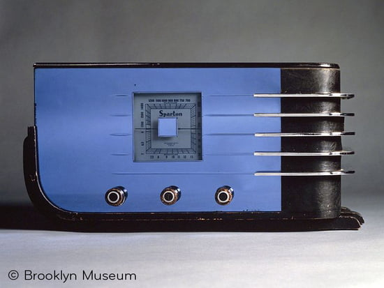 Sparton Table Radio
