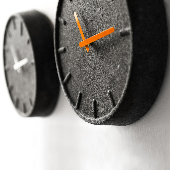 Leff amsterdam - Felt35 orange, white wall clock - Group