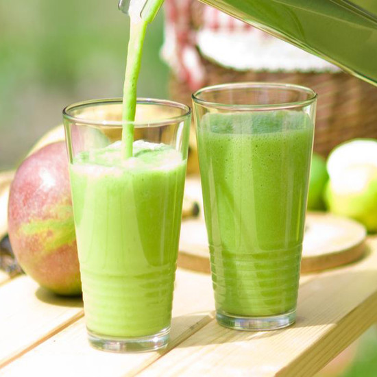 Making green smoothies on your own