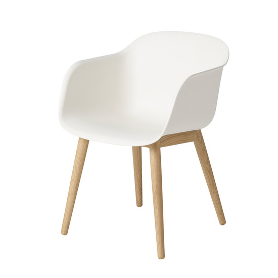 Muuto - Fiber Chair - Wood Base, white / oak