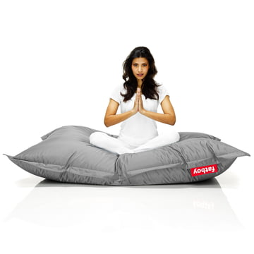 Fatboy, Original beanbag - situation with woman on beanbag, grey