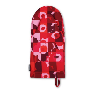 The Mini-Ruutu-Unikko Oven Mitten in red