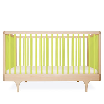 Baby crib Caravan by Kalon made from maple in green
