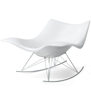 Stinggray Rocking Chair by Fredericia in White / Chrome