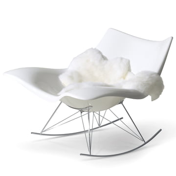 Stingray Rocking Chair by Fredericia in White/Chrome with Lambskin