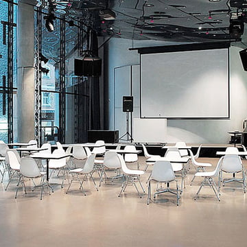 Contract Tables by Vitra