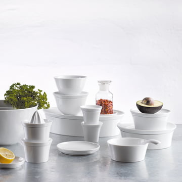 The versatile and complete Dinnerware set by Kahla
