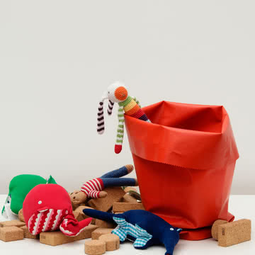 Roll-Up: Handy Basket for Toys