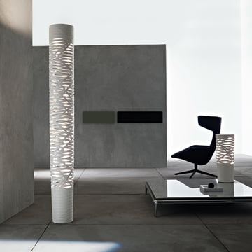 The Tress LED Floor Lamp Grande by Foscarini in White
