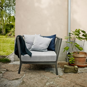 Tradition armchair for indoors and outdoors