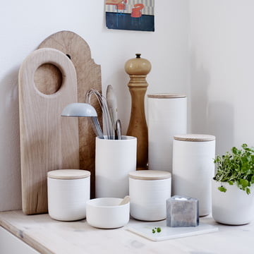 Bright storage ensemble with Nordic charm