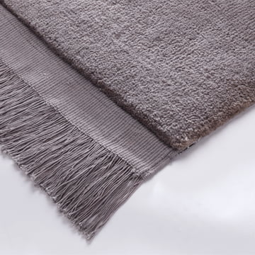 Woolen rug with fringes