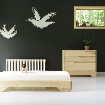 Crib, junior bed and dresser Echo by Kalon