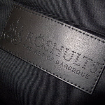 Detail view of the BBQ Apron by Röshults