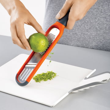 Ergonomic Handle and Non-Slip Tip