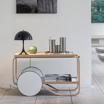 Louis Poulsen - Panthella Mini table lamp / Artek - Serving Cart