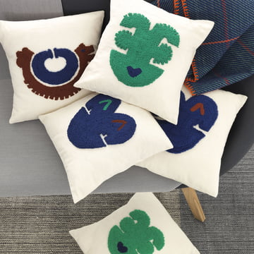 Niko cushions with folkloric motifs